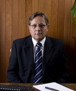 Dr. Mauricio Ardus