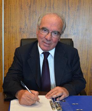 Dr. Richard Millán